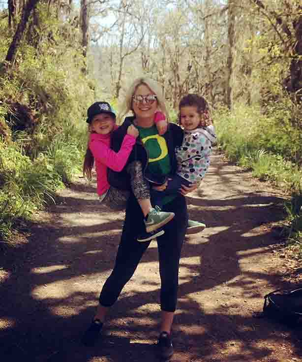 Allysa Worman with her two daughters