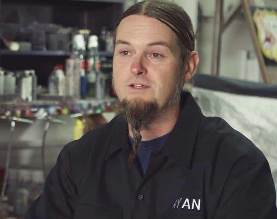 Count's Kustom' Head painter, Ryan Evans